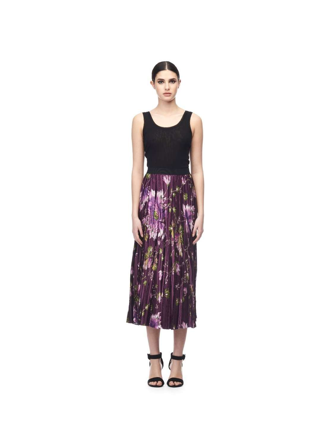 Satin midi lenght skirt